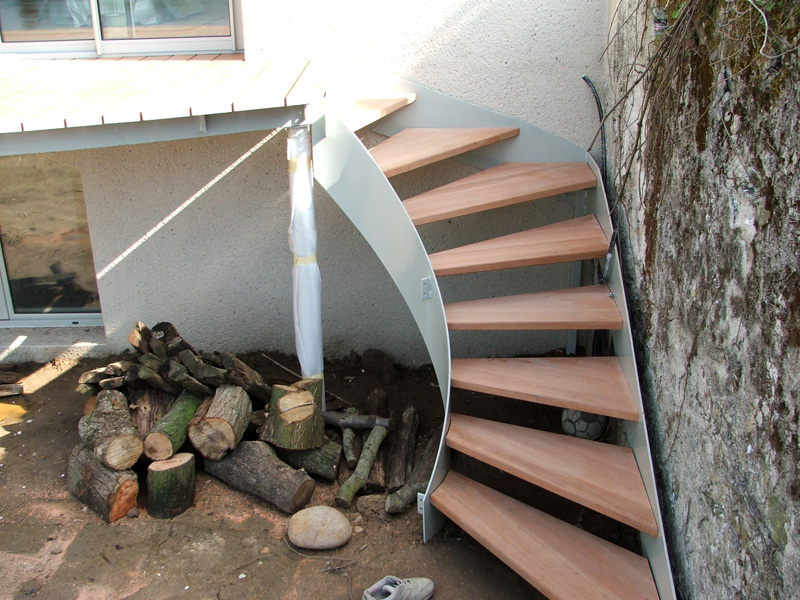 Escalier exterieur bois images for Escalier bois exterieur