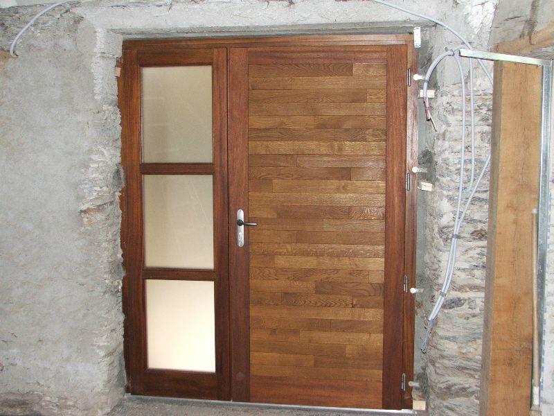 fabriquer une porte moustiquaire en bois. Black Bedroom Furniture Sets. Home Design Ideas